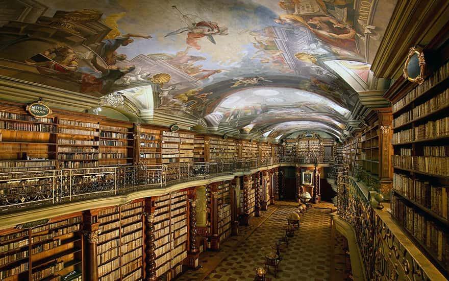 the-klementinum-national-library-czech-republic-2-min
