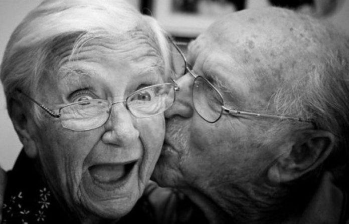 Ζευγάρι Ηλικιωμένων