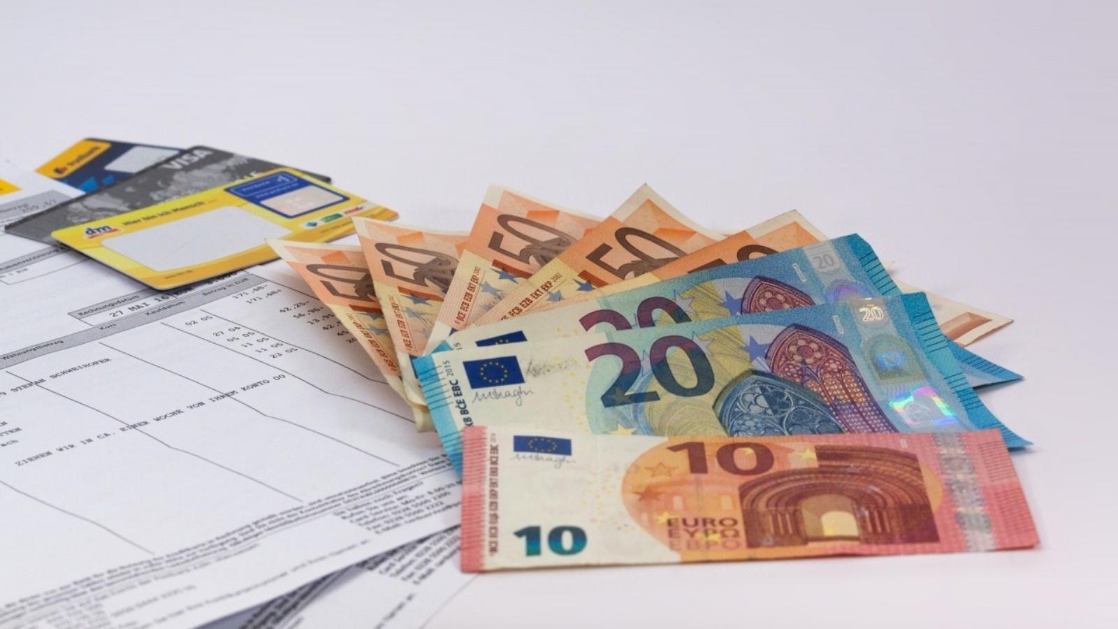 Κοινοί τραπεζικοί λογαριασμοί: Πότε γίνονται κατασχέσεις ακόμα και αν δεν χρωστάτε πουθενά!